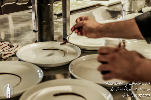 foto Evento Wine Embassy – WE Experience 2 @ La Tana Gourmet 13.07.2019 – 23