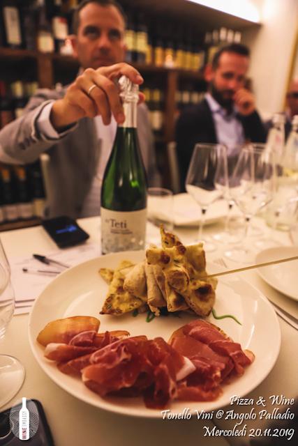 foto Evento Wine Embassy – foto Evento Wine Embassy – Pizza e Vino con Tonello Wines 20.11.2019 – 11