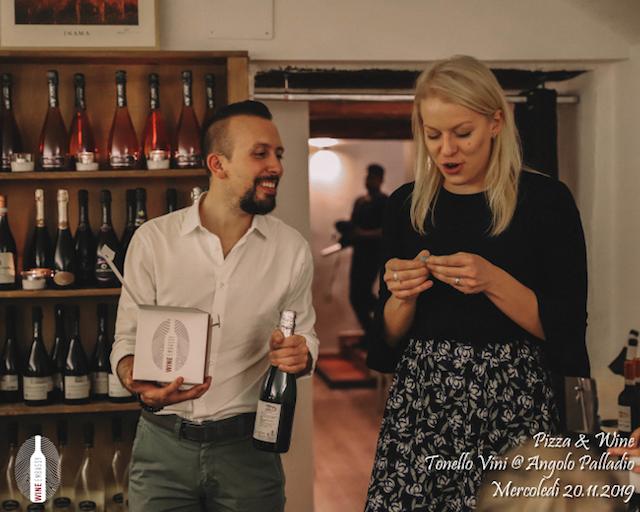 foto Evento Wine Embassy – foto Evento Wine Embassy – Pizza e Vino con Tonello Wines 20.11.2019 – 25